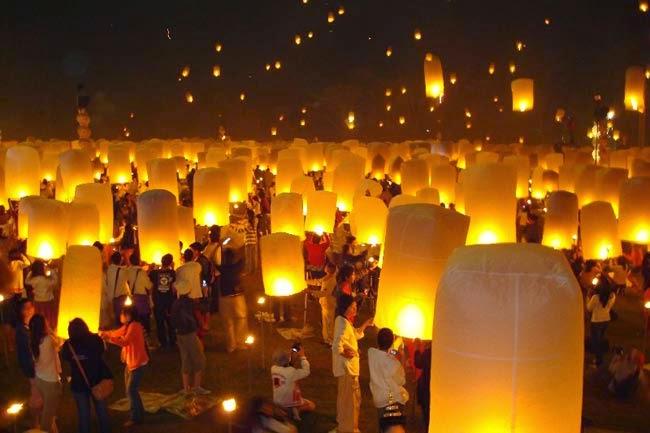 Loy Krathong - les lanternes célestes