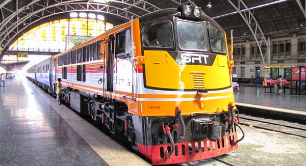 voyager en train en thaïlande